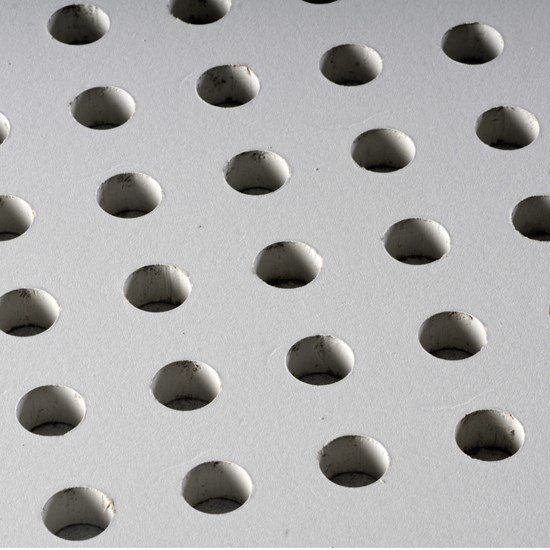 planchas-yeso-carton-perforadas